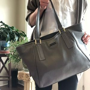 Genuine Leather Dana Bachman Tote!!